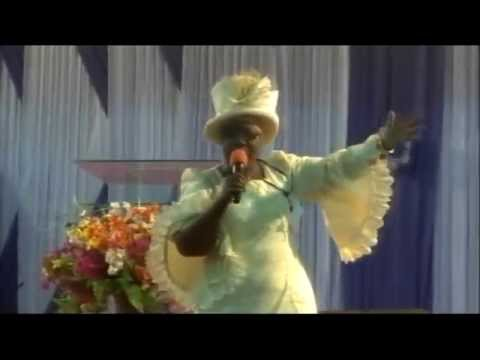 Evan Bola Aare live on stage @ Lagos city wide Crusade