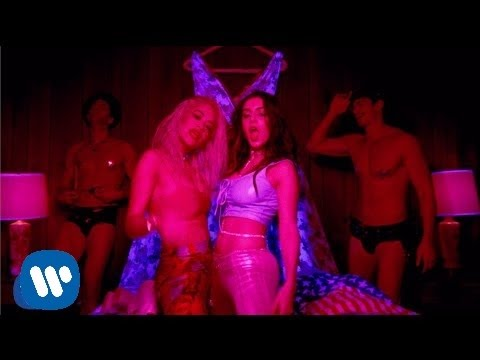 Charli XCX - Doing It Ft.Rita Ora [Official Video]