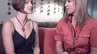 Lisa Cerasoli - Interview avec Leeza Gibbons 2010 - As Nora Jo Fades Away - Extrait V.O.