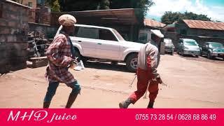chili wa chugadance aibiwa dox yake ya viatu na mwenzake kisa juice ya MHD uko Kwa mrombo  i