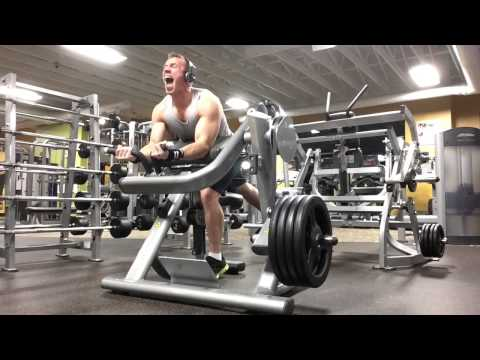 Plate loaded preacher curl. By oppermanfitness/#gains