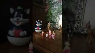 История игрушек начало, ( для детей) принцессы, слуги, косметика, животные