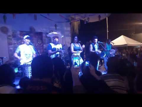 Grupo Molejo - A Dança da vassoura