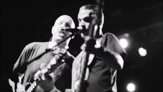 Descendents - Uncontrollable Urge (Devo Cover) Live at Fun Fun Fun Festival