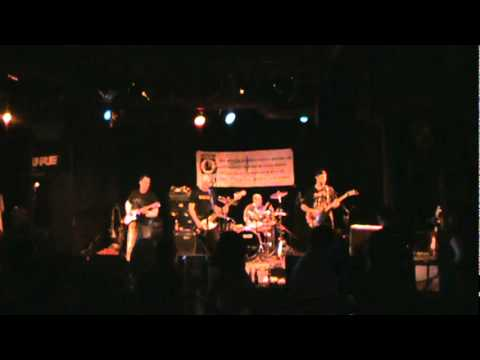 Windy City Blues - by Deep End - Martyr's 2011.MPG