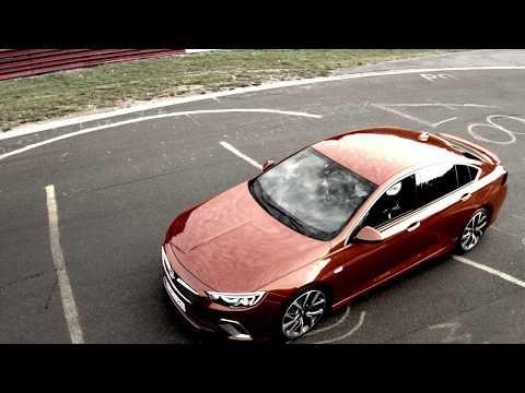 Opel Insignia Grand Sport Лифтбек класса D - рекламное видео 1
