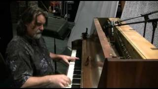 Darrell Scott - The Open Door (on piano) - Backstage @ Tennessee Shines