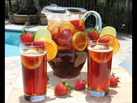 Video Summer Cocktails and Drink Recipes - Beer Berry Sangria for the Pool and the Beach