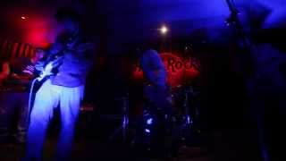 Try Live At Hard Rock Cafe New Delhi - theurbanearlymen