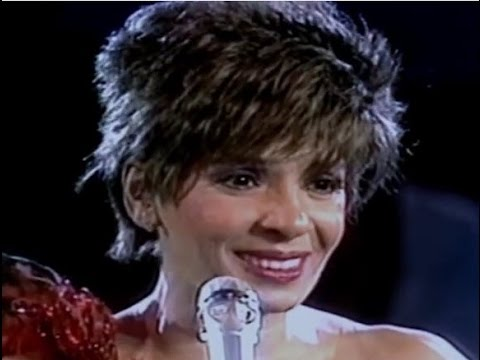 Shirley Bassey - Send In The Clowns  (1987 Live in Berlin)