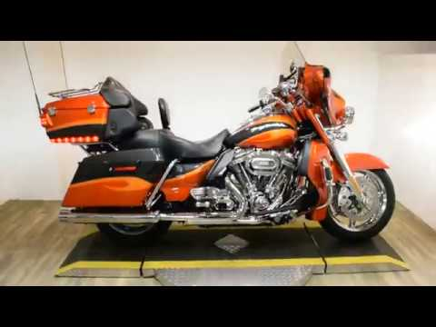 2013 Harley-Davidson CVO™ Ultra Classic® Electra Glide® in Wauconda, Illinois