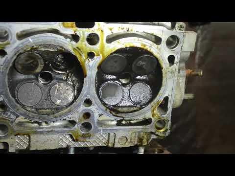 Разбор двигателя с Лады Калины 1,4. Загнуло шатун , клапана стучали о поршня.