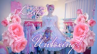 ♡ I FORGET ART HISTORY | Lolita Dress Unboxing And Review From Devilinspired! ♡
