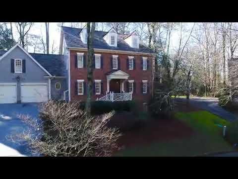 1560 Barrington Court NW, Atlanta – Buckhead