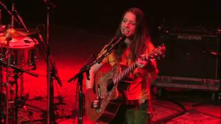 Ani DiFranco Not A Pretty Girl live in Cleveland OH