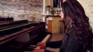 Yael Naim - Coward (acoustic) | Småll Sessions