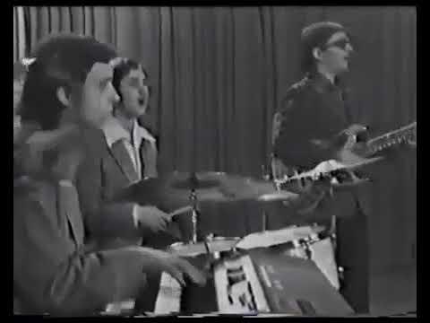 ВИА Ариэль   'Уходишь ты' 1975