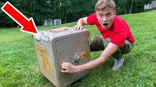 ABANDONED SAFE HUGE SURPRISE!!
