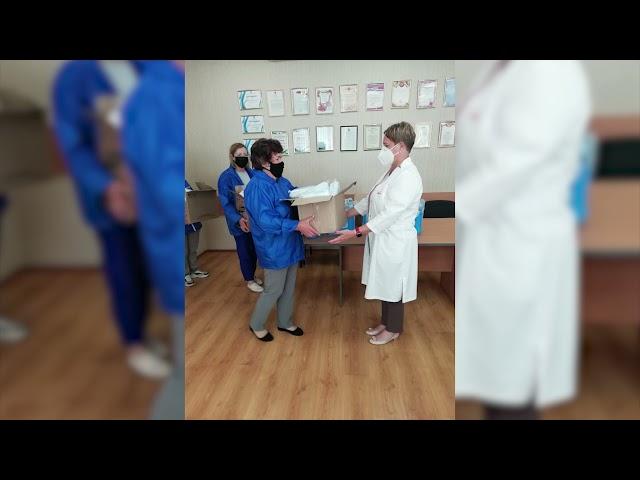 «Единая Россия» объединила все волонтёрские движения для помощи врачам и больницам области