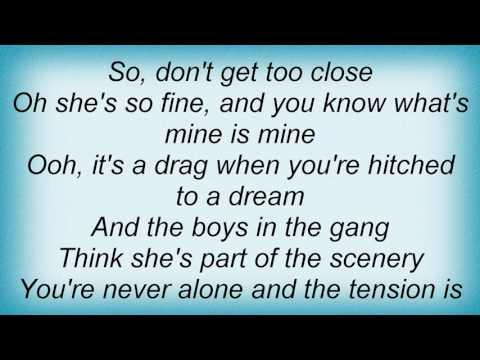 10cc - Honeymoon With 'b' Troop Lyrics