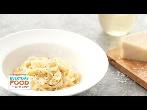 4 Pasta Recipes for Dinner Tonight – Everyday Food with Sarah Carey