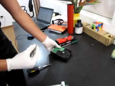 Cambio de HDD en Toshiba 281c 351c 451c - Thủ thuật máy tính