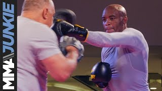 Anderson Silva Displays Arsenal Of Kicks And Strikes At UFC 237 Open Workout