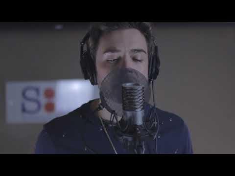 Kris James - XO (Acoustic Video)