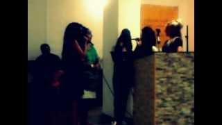 preview picture of video 'culto de monzon - niñas ejea.mp4'