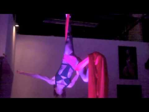 This is a short from the beginner to intermediate aerial silks class a couple years back.