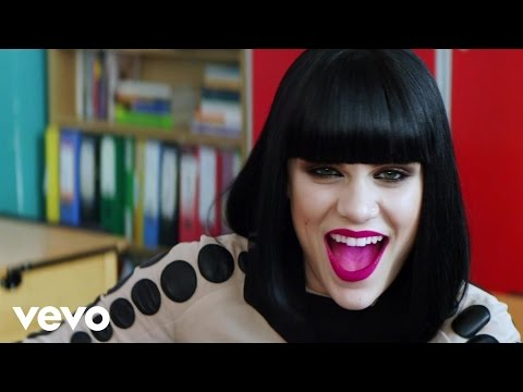 Jessie J - Who's Laughing Now (Official Video)