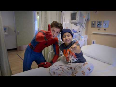 Tom Holland, Spider-Man: Homecoming, Visits Kids at Children's Hospital Los Angeles
