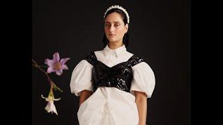 Descubre la colección de Simone Rocha