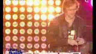 Chris Willis, David Guetta feat Chris Willis - Love Is Gone (LIVE)