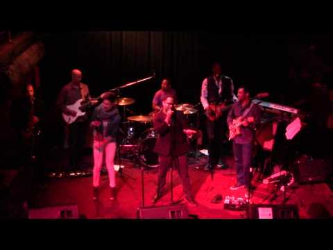 Give It To Me - Soul Mechanix Live @ The New Parish