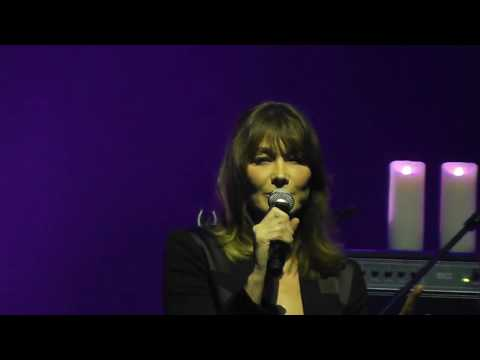 Carla Bruni - Dolce Francia HD Live From Istanbul 2017
