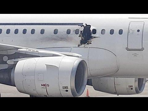 نجات معجزه آسای مسافران هواپیمای سومالی پس از انفجار