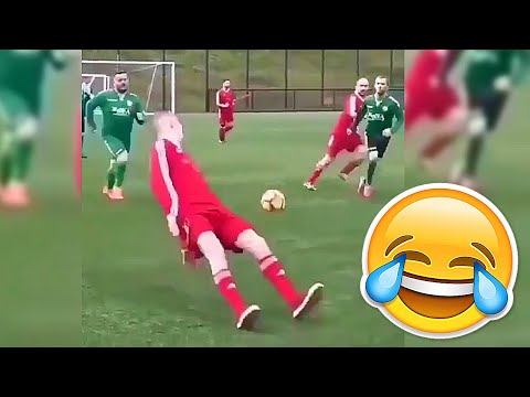 BEST SOCCER FOOTBALL VINES – GOALS SKILLS FAILS #24