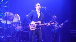 "Joe Bonamassa~Country Style~""Bird on a Wire"", Fox Theater~Bakersfield CA 2011 HD"