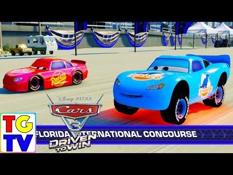 Cars 3 Driven to Win - Lightning McQueen Cruz Ramirez  Dinoco Team Play