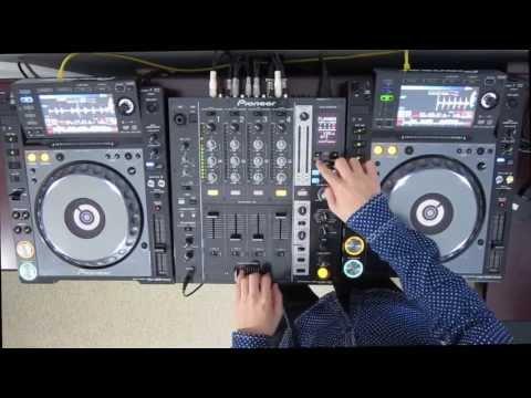 """DJ Ravine """"Just messing around"""" on Pioneer CDJ 2000 Nexus and DJM 750 uhh…mix (ELECTRO)"""