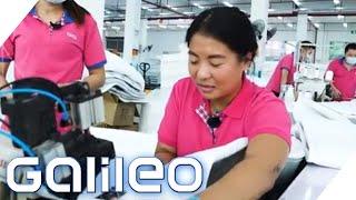 Matratzenfabrik in China: Wie hart ist der Job? | Galileo testet Berufe | ProSieben