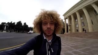 Смотреть онлайн Почему-то в Баку нет нормальных пешеходных дорог