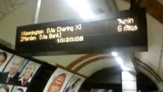 preview picture of video 'RMT/TSSA Tube Strike Action 2/3 Nov 2010. Tufnell Park station Northern Line Southbound platform'