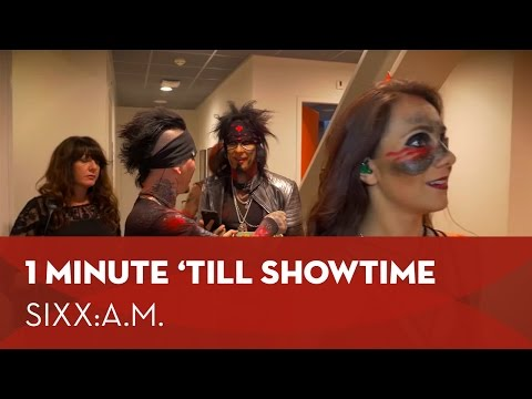 One minute 'till showtime
