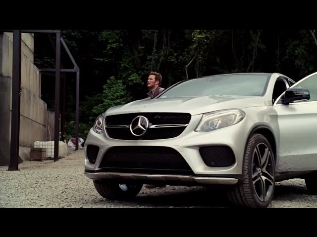 Mercedes-Benz Behind-the-Scenes of Jurassic World