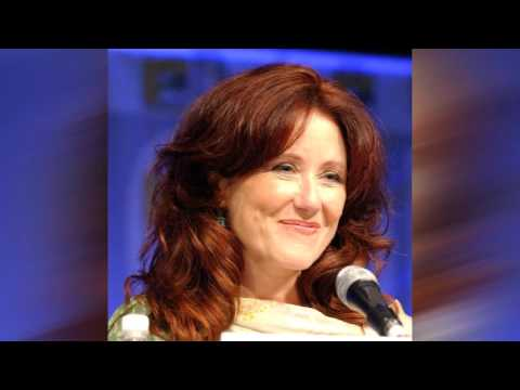 Mary McDonnell - You Are My Sunshine