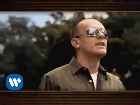 Immagine testo significato Grazie mille (official video)