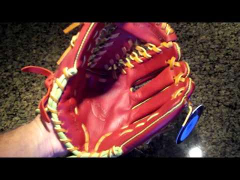 Insignia Athletics Caliente Baseball Glove