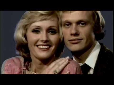 Helena Vondráčková & Jiří Korn - Já pujdu tam a ty tam (Oficiální video)